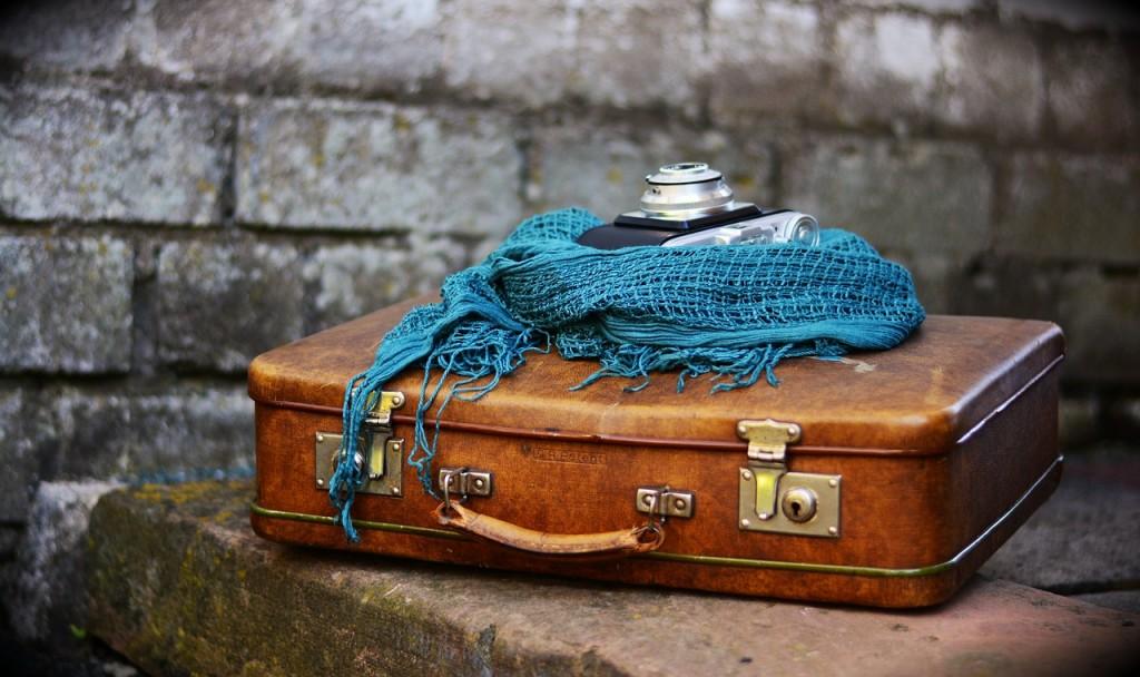 luggage-2420316_1280